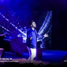 تصاویر کنسرت بابک جهانبخش – 21 آذر 97